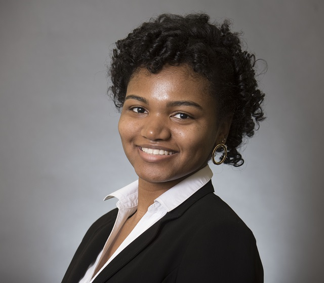 Kayana Washington, 2018-2019 Luard Morse Scholarship Recipient